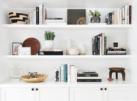 The Science Of Bookshelf Arrangement 6 Ideas To Decorate